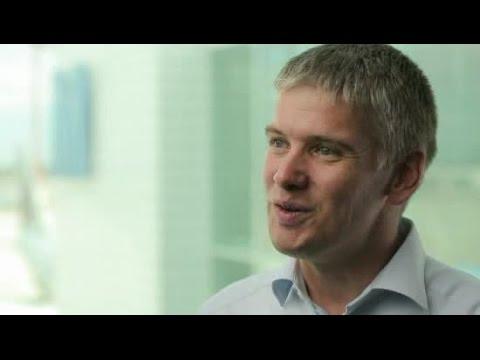 YouTube Vorschaubild für Karriere-Interview Dr. Joachim Mentschel, Sano Business Development Global
